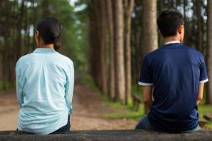 好きな男性が自分にだけ話しかけてくれない!その男性心理が分からず悩んでいる女性