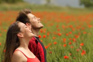 恋愛では態度や好意のサインで意外と分かりやすいAB型男性